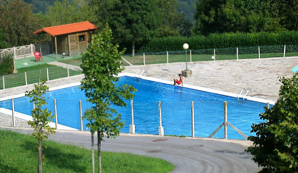 piscinas aia argysan